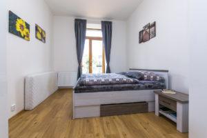 Ložnice v bytovém domě ve Slaném se sádrokartonovými deskami Habito