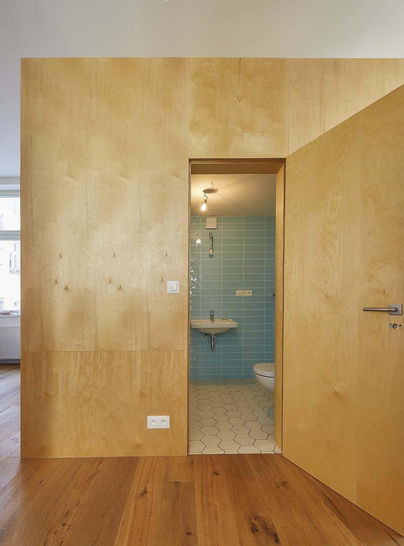Sádrokartonová příčka Habito v loftovém bytě, koupelna