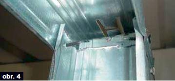 Chybná montáž kovové podkonstrukce příčky
